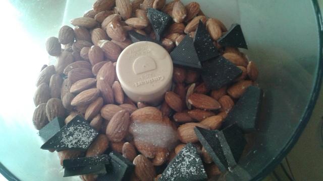 choc almond2