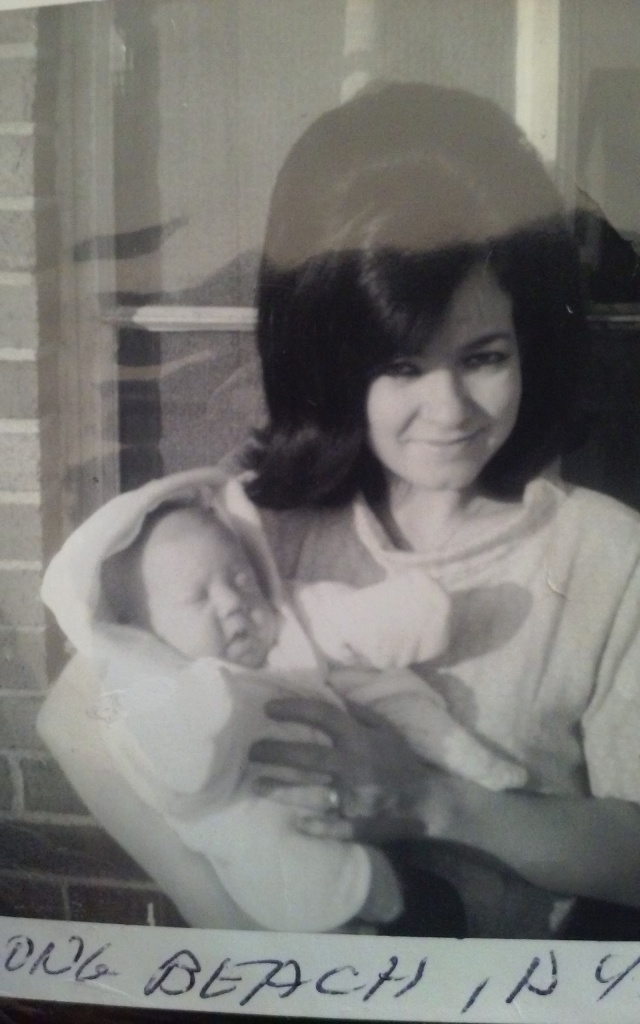 baby-me-and-mom1966
